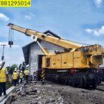 Sewa mobil Crane terbaik di Curug Saengerang 087881295014