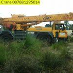Sewa mobil Crane terbaik di Sarageni 087881295014