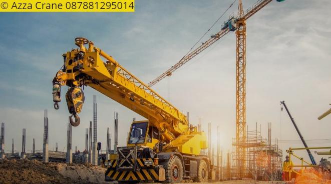 Sewa mobil Crane terbaik di Muruy 087881295014