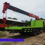 Sewa mobil Crane terbaik di Kadudampit, Sukabumi 087881295014