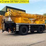 Sewa mobil Crane terbaik di Kebon Baru 087881295014