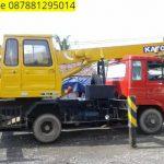 Sewa mobil Crane terbaik di Alang-alang 087881295014