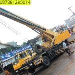 Sewa mobil Crane terbaik di Kadugemblo 087881295014