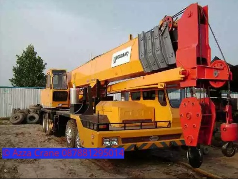 Sewa mobil Crane terbaik di Ramaya 087881295014