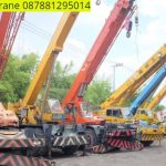Sewa mobil Crane terbaik di Wanajaya 087881295014
