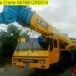 Sewa mobil Crane terbaik di Kawoyang 087881295014