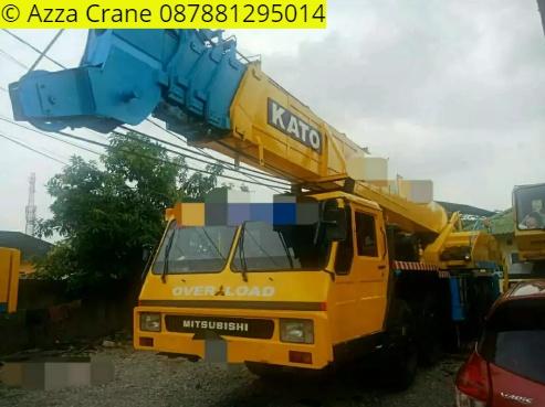Sewa mobil Crane terbaik di Banyuasih 087881295014
