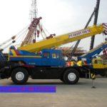 Sewa mobil Crane terbaik di Koncang 087881295014