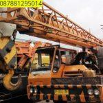 Sewa mobil Crane terbaik di Sobang 087881295014