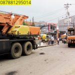 Sewa mobil Crane terbaik di Muaragembong, Bekasi 087881295014