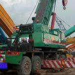 Sewa mobil Crane terbaik di Bambu Apus 087881295014