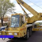 Sewa mobil Crane terbaik di Peucangpari 087881295014