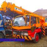 Sewa mobil Crane terbaik di Tunggaljaya 087881295014