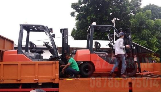 Sewa Forklift di Jatikarya