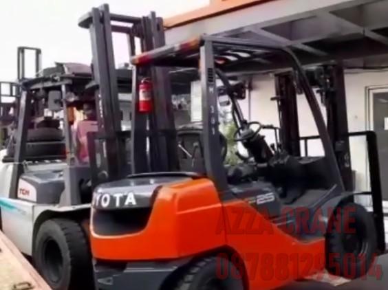 Sewa Forklift di Poris Plawad