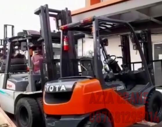 Sewa Forklift di Kaliabang Tengah