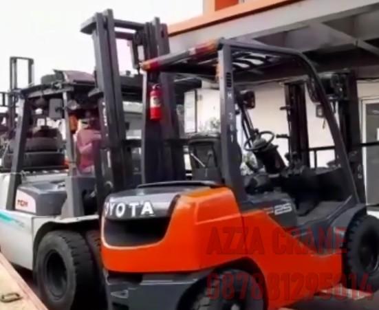 Sewa Forklift di Harjamukti