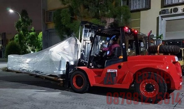 Sewa Forklift di Ciputat Timur