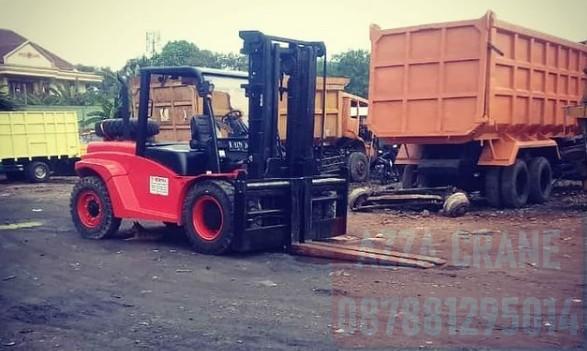 Sewa Forklift di Pejuang