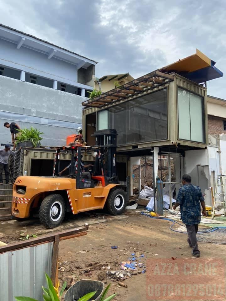 Sewa Forklift di Kedoya Utara