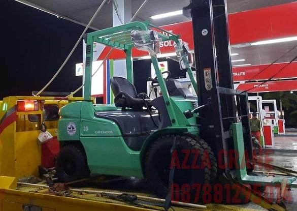 Sewa Forklift di Selapajang Jaya